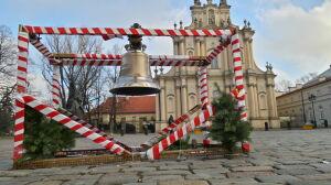 Dzwon na Krakowskim Przedmieściu: komu (nie) bije Wacław IV?