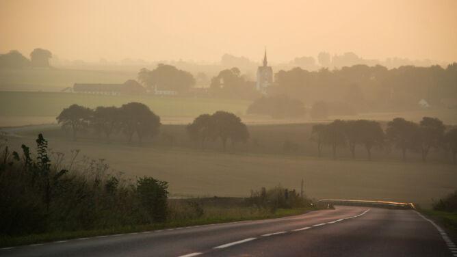 Rano mgły, w ciągu dnia dobre warunki do podróżowania